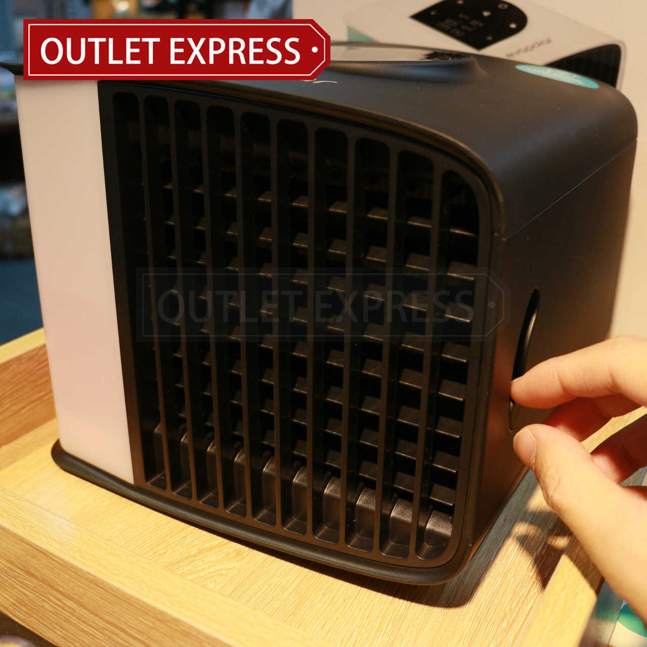 Evapolar 二代小型個人流動冷氣機 (evaSMART EV-3000) | 智能水冷風機 ( 現貨發售 ) | 香港行貨 風葉- Outlet Express HK生活百貨城實拍相片